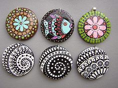 ceramic painting Here's a grouping of some painted pendants I made over a year ago. Seashell Painting, Dot Art Painting, Pebble Painting, Ceramic Painting, Pebble Art, Stone Painting, Ceramic Art, Pottery Painting Designs, Mandala Jewelry