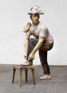 Art from Spain - Francisco Leiro Lois - 1957 Pontevedra. Human Sculpture, Stone Sculpture, Sculpture Art, Contemporary Sculpture, Contemporary Art, Art Is Dead, Weird Art, Land Art, Ceramic Art