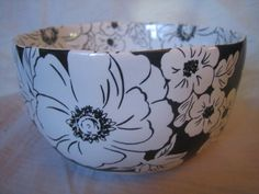 Decorative Dishes - Black White Hibiscus Hawaiiana Deep Bowl, $14.99 (http://www.decorativedishes.net/black-white-hibiscus-hawaiiana-deep-bowl/)