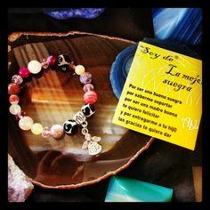 Te cuida como a una hija y se merece lo mejor? Este es su #Regalo #ArtAbalori #joyas #moda #minerales
