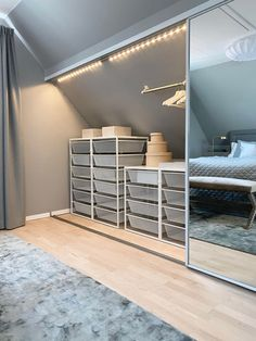 Attic Bedroom Storage, Attic Bedroom Small, Attic Bedroom Designs, Loft Storage, Upstairs Bedroom, Attic Rooms, Bedroom Layouts, Bedroom Loft, Bedroom Decor