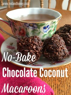 These macaroons are made with all nourishing and healthy ingredients, and they taste like pure decadence. This recipe is a total keeper!!
