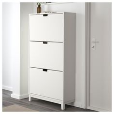 IKEA STÄLL Shoe cabinet with 3 compartments White 79x148 cm Helps you organise your shoes and saves floor space at the same time.