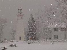 Winter at Marblehead Lighthouse, Ohio, on Lake Erie. Marblehead Ohio, Marblehead Lighthouse, Beacon Of Light, Light Of The World, Lake Erie, Great Lakes, Winter Scenes, Beach Trip, Beach Travel