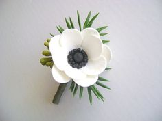 White Anemone Boutonniere. Groom/Bestman Boutonniere. by parsi