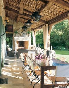 A Farmhouse In Provence / Veranda