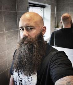 The Beard & The Beautiful Bald Men With Beards, Hot Beards, Bald With Beard, Grey Beards, Viking Beard Styles, Long Beard Styles, Hair And Beard Styles, Beard Boy, Beard No Mustache