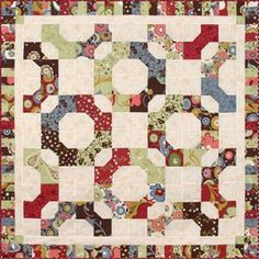 Another way to set bowties. Circle Quilts, Mini Quilts, Baby Quilts, Quilt Blocks, Quilting Tools, Quilting Rulers, Patchwork Quilting, Snowball Quilts, Tie Quilt