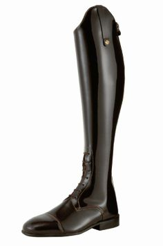 The Konig Derby Special is a beautiful patent leather field boot! Perfect for the show jumping ring or schooling. Patricia Field, Carrie, Derby, Horse Fashion, Custom Boots, Equestrian Outfits, Show Jumping, Saddles, Tall Boots