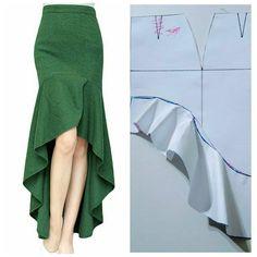 Corte e costura ( Skirt Patterns Sewing, Clothing Patterns, Diy Clothing, Sewing Clothes, Costura Fashion, Fashion Design Sketches, Fashion Design Template, Pants Pattern, Fashion Sewing
