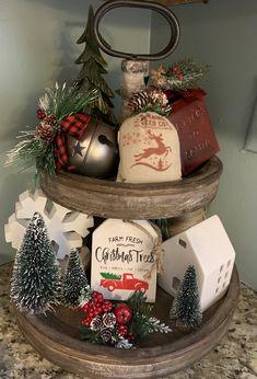 Farmhouse Christmas Decor, Christmas Kitchen, Rustic Christmas, Christmas Home, Christmas Holidays, Merry Christmas, Christmas Projects, Christmas Crafts, Christmas Ideas