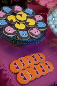Neon 80s cookies from Little big Company's 80s party