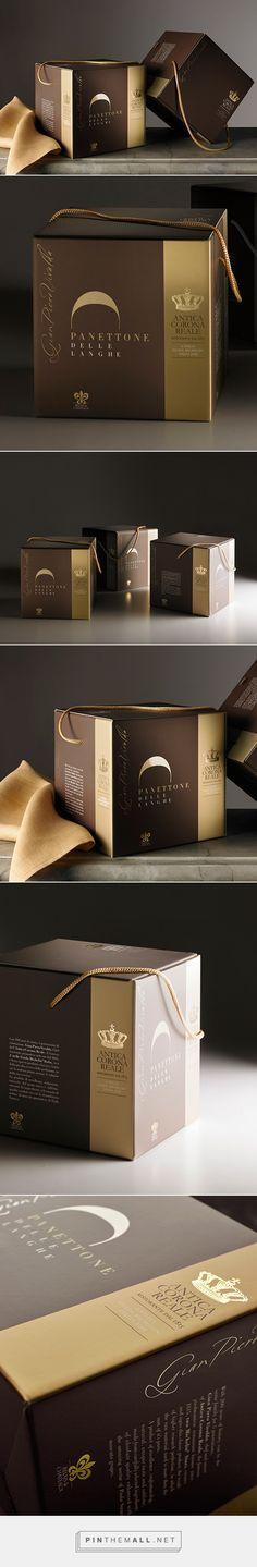 Antica Corona Reale / Relais & Chateaux Restaurant - panettone  box