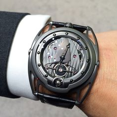 I Remembered The Batman Dark Night, While Looking At This De Bethune Tourbillion Time Piece !!!