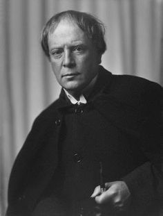 Arthur Machen circa 1905, author of the majestic Hill of Dreams.