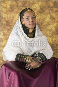 Etitean bride #wedding #dress #bride http://www.illusionbridals.com/