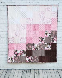 52 Trendy Ideas for baby clothes quilt tutorial beautiful Baby Quilt Tutorials, Baby Quilt Patterns, Quilting Tutorials, Quilting Projects, Quilting Designs, Sewing Projects, Quilting Tips, Pink Quilts, Colorful Quilts