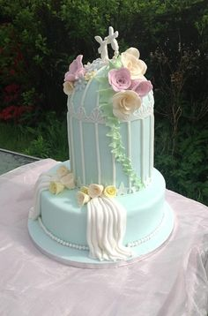 Beautiful Birdcage Cake