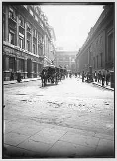 Street Scene with Horse Cabs: c.1900, John Galt