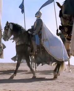 Balduíno IV era um grande cavaleiro, o melhor de sua estirpe. Mal abandonou o leito de enfermo (contraiu malária) cavalgou para defender Jerusalém na Batalha de Montgisard.