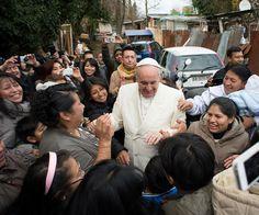 CRUX   Inés San Martín: Pope makes a surprise visit to a Rome shantytown
