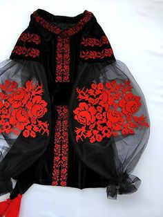 Cool velvet embroidered blouse black embroidered blouse with red roses velvet cool boho blouse Production: I sew all blouses by your own measurments. All embroideries are made to order: it will take 10-20 working days from the date of payment In case you wish other colours or if