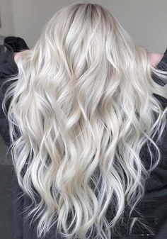 Searching for best shades of blonde hair colors? Just visit here and see the most amazing trends o platinum blonde hair colors to use for long and medium length haircuts in 2018. These sexiest shades of blonde hair colors are perfect for women who are looking for modern blonde hair colors shades and highlights in 2018.