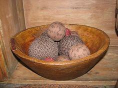 Nanny's Fixin' Bowl Treenware with Rag Balls – Primitive Star Quilt Shop
