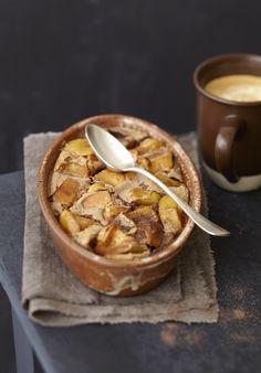 Clafoutis aux pommes au Carré frais Creative Food, Apple Pie, Fondant, Pudding, Beef, Cheese, Desserts, Recipes, Muffins