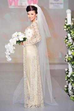 Semi-traditional Vietnamese wedding dress.      ///////.     Vietnamese/English wedding invitation @ www.ThiepCuoiCali.com.        ///////////.