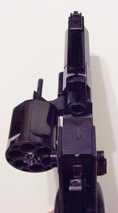 Mateba Autorevolver - Wikipedia, the free encyclopedia  Unica 6   Gas cocks and revolvers the barrel in a smooth action