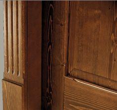 FBP porte | Collezione EVA - Telaio esterno con cornice lavorata e zoccoletto #fbp #porte #legno #door #wood #frame