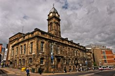 Sheffield Old Town Hall stands on Waingate in central Sheffield, England. Built in 1807–8 and since at least 1997 the building remains disused. In 2007, it was named by the Victorian Society as one of their top ten buildings most at-risk. History can be found at http://en.wikipedia.org/wiki/Sheffield_Old_Town_Hall