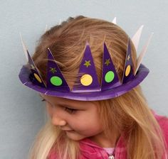 Holiday Hats for Every Occasion Made from Paper Plates: Mardi Gras crown Paper Plate Hats, Paper Plates, Toddler Crafts, Crafts For Kids, Carnival Crafts Kids, Preschool Crafts, Mardi Gras Activities, Church Activities, Summer Activities
