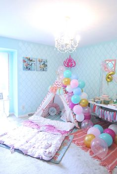 An Amelia Bedelia Inspired Sleep Over Birthday Party - lots of creative decorations, DIY desserts table ideas, fun and favors fora girls' slumber party! Adult Slumber Party, Slumber Party Birthday, Girl Sleepover, Slumber Party Games, Slumber Parties, Girl Birthday, 9th Birthday, Birthday Ideas, Amelia Bedelia