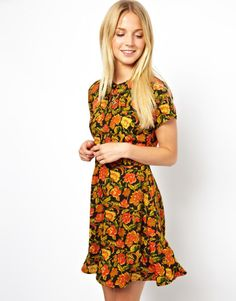 Floral Skater Dress with Collar and Pintucks - Lyst