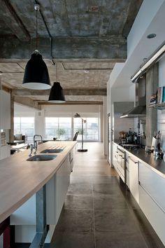 Loft Apartment by William Tozer // London. | Yellowtrace — Interior Design, Architecture, Art, Photography, Lifestyle & Design Culture Blog.