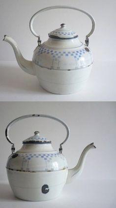 Ancienne bouilloire théière pot émail émaillé lustucru enamel antique