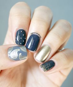 On Glitter and Nails : Gray(s) & Old Gold.  http://glitterandnails.blogspot.fr/2013/02/grays-old-gold.html