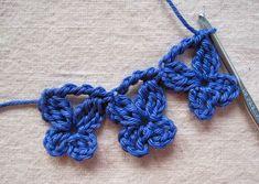 Flutter-By Curtain Ties ~ A Free Crochet Pattern with Tutorial ✿⊱╮Teresa Restegui http://www.pinterest.com/teretegui/✿⊱╮