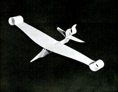 Sakoda (winner: origami/nonprofessional) / Frederick J. Hooven (winner: duration aloft/professional) / Lewis G. Best Paper Airplane Design, Paper Airplane Book, Best Paper Plane, Airplane Crafts, Easy Paper Crafts, Diy Paper, Paper Art, Paper Aircraft, Aircraft Design