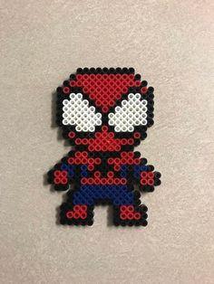 Diy Perler Beads, Perler Bead Art, Bead Crafts, Fun Crafts, Crafts For Kids, Spiderman Craft, Marvel Cross Stitch, Beaded Spiders, Peler Beads