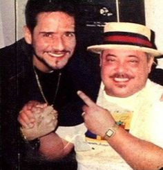 Frankie Ruiz y Marvin Santiago. Puerto Rican Cuisine, Puerto Rican Recipes, Frankie Ruiz, Puerto Rican Music, Famous Latinos, Musica Salsa, School Is Over, High School Memories, Salsa Music