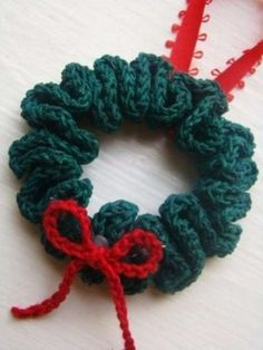 Regali di Natale fai da te all uncinetto - Ghirlanda Ghirlande Di Natale 7e068281ed96