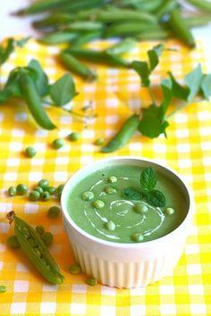 Zupa krem z zielonego groszku. #thermomix #zupy #przepisy Food Inspiration, Pesto, Green Beans, Food And Drink, Pudding, Lunch, Vegetables, Desserts, Kitchen