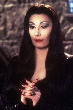 Angelica Huston as Morticia Addams Die Addams Family, Addams Family Values, Adams Family, The New Yorker, Los Addams, Space Opera, Anjelica Huston, Season Of The Witch, Vintage Horror