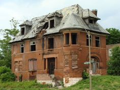 abandoned St. Louis architecture | St Louis Patina | A Disheartening Sight