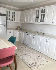 Kitchen designs modern 393713192417532352 – Home Decor – womenstyle. Cabnits Kitchen, Kitchen Cabinets, Modern Farmhouse Kitchens, Cool Kitchens, Interior Design Kitchen, Kitchen Decor, Küchen Design, House Design, Kitchen Designs