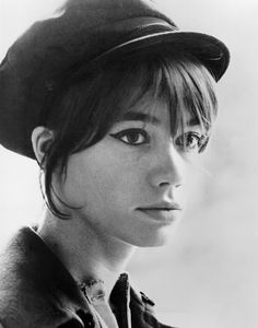 How to Achieve Françoise Hardy's Classic French Girl Style | Vogue