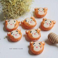 tiger macarons